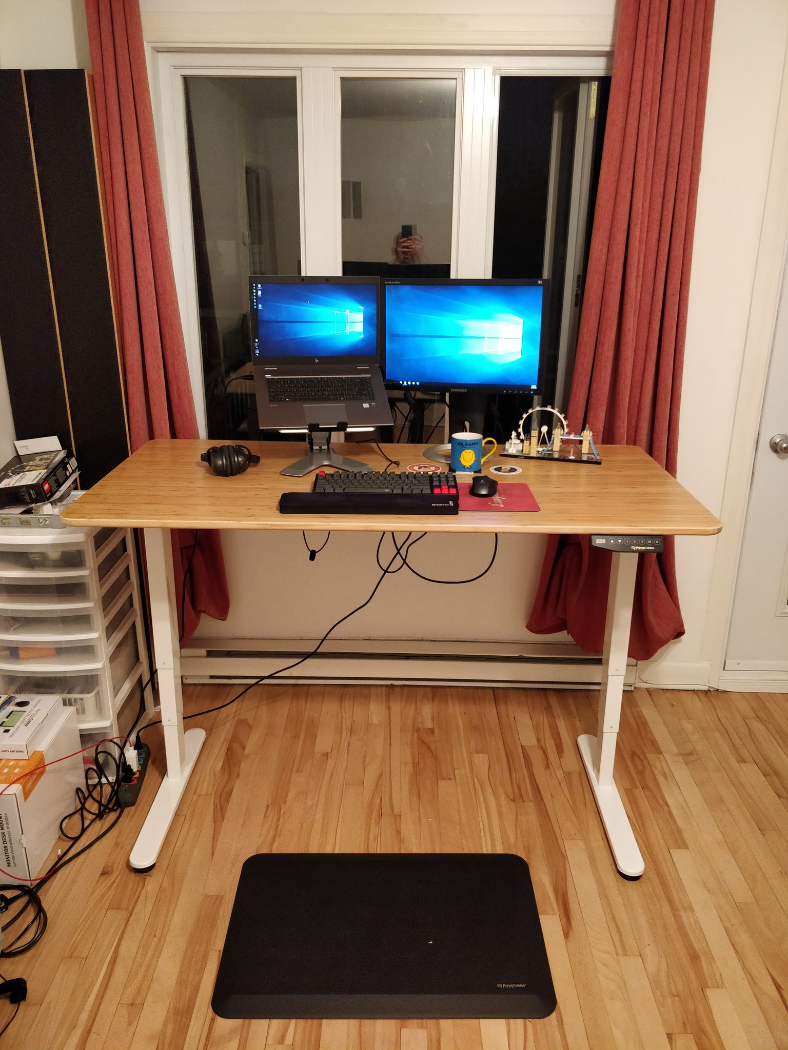 Picture of: Twitter पर Jeff L Heureux The Primecables Dual Motor Because It Lowers To 24 Inches I Put An Ikea Ovraryd Dining Table On Top Https T Co Ilbe6pyxtk Https T Co Buu9o5zexv