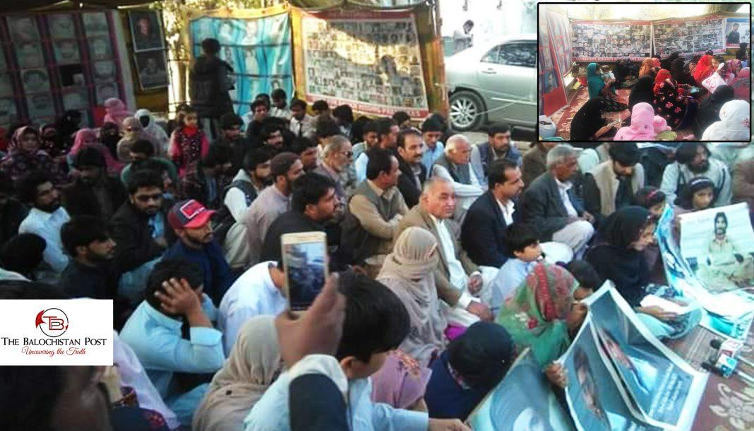 Family members of #MissingPerson Abdul Kareem Meerwani did press conference along with members of @VBMP5 on 14 May in protest camp of Voice for #BalochMissingPersons.<br>http://pic.twitter.com/SD7SAJQLWQ