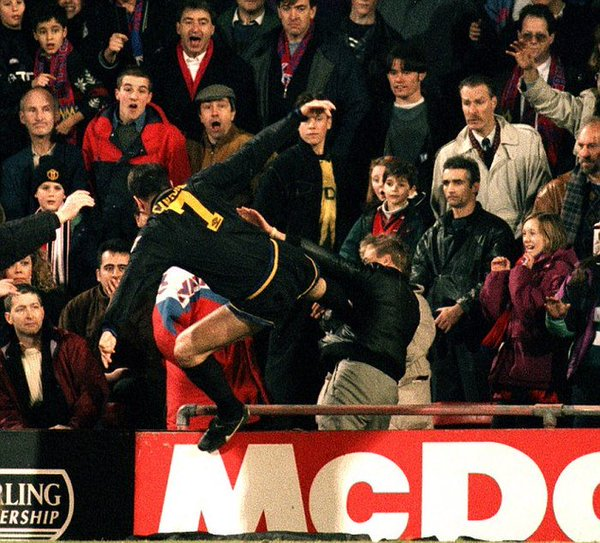 Eric Cantona's kung-fu kick against a Crystal Palace fan, 1995.<br>http://pic.twitter.com/hUbYL6iW2X