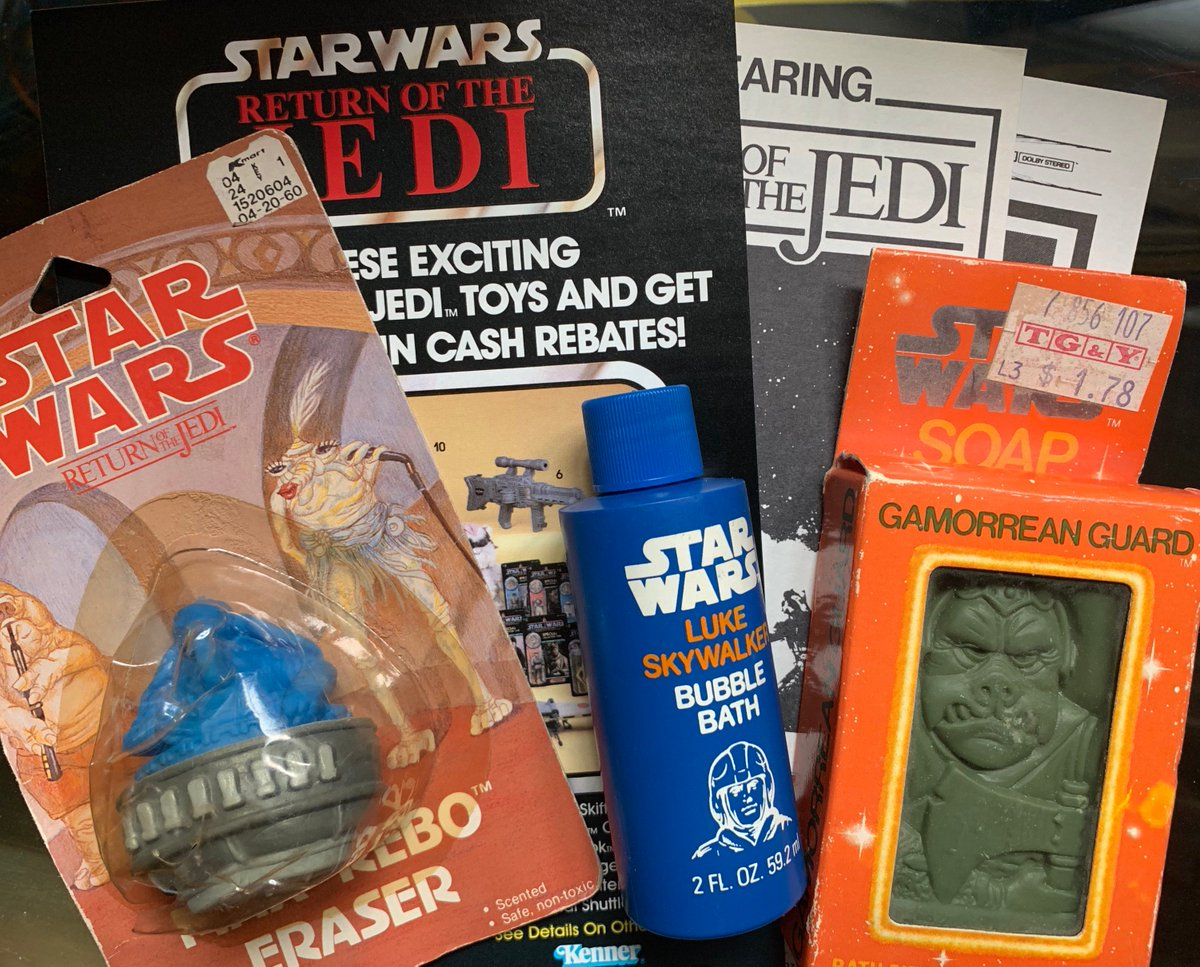 Pls both retweet and like to win this vintage #StarWars prize pack! Support the @gamechasermovie we're filming this fall! Winner chosen at random, thanks and MTFBWY!!! https://www.indiegogo.com/projects/the-game-chasers-motion-picture--3…