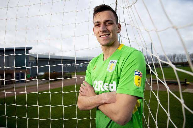 Nantes are interested in signing Lovre Kalinic. He would replace their departing goalkeeper, Ciprian Tatarusanu who is off to Lyon [Foot Mercato]  Aston Villa are interested in Nantes midfielder and captain Valentin Rongier [ Le Foot]   Kalinic + Cash for Rongier?  #avfc<br>http://pic.twitter.com/SiqFftRcko
