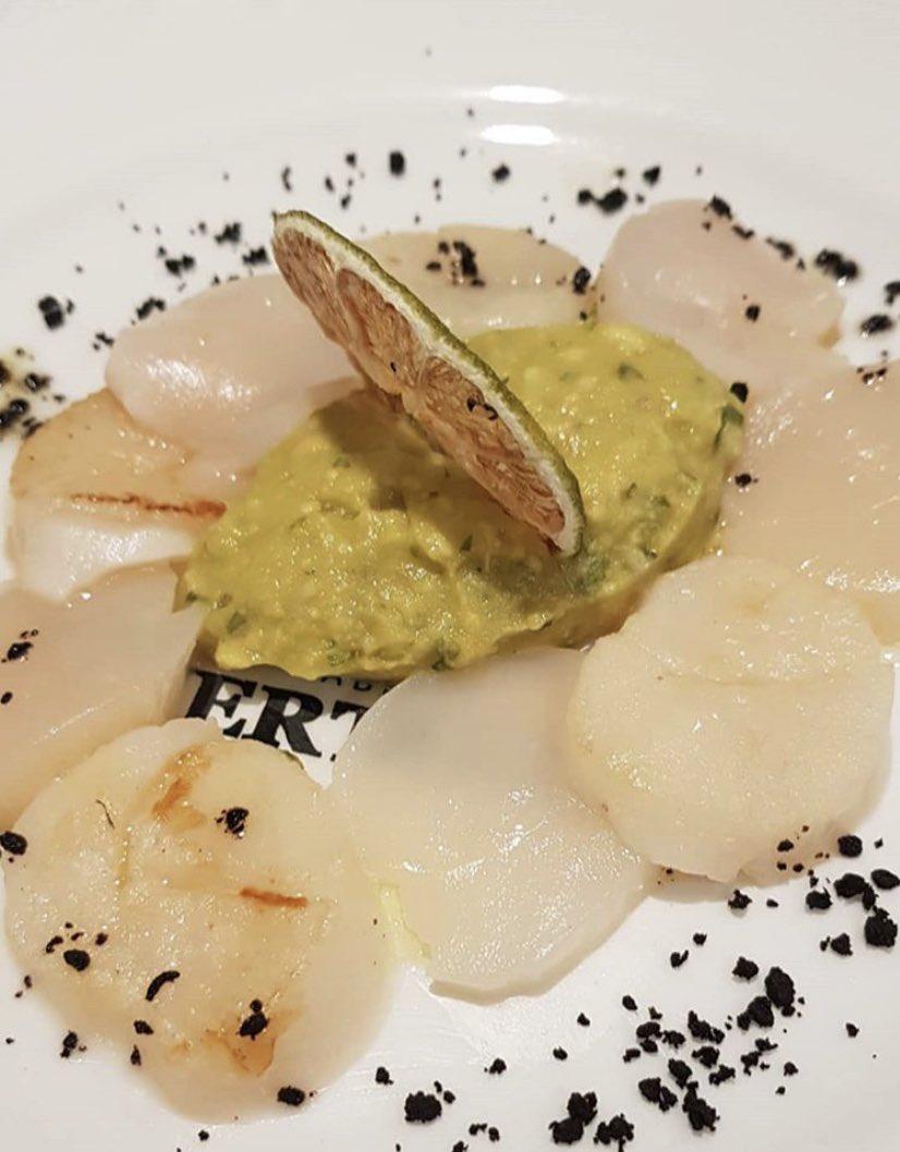 CONCURSO 🎯 ¿Cómo se llama este plato? 🤔 ☝🏼 Contesta ✌🏼 RT 👌🏼 Síguenos 🍹 Podrás ganar un cóctel para ti y quien tú quieras con la #PuertadelSol como testigo ☺️ • Domingo, ganador 🍀