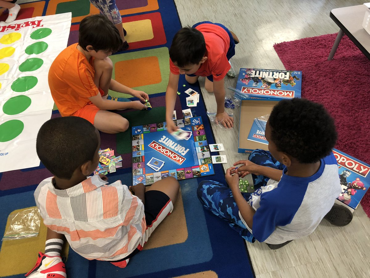 Ss enjoyed game day today! <a target='_blank' href='http://twitter.com/AbingdonGIFT'>@AbingdonGIFT</a> <a target='_blank' href='https://t.co/HfD7yOyOPH'>https://t.co/HfD7yOyOPH</a>