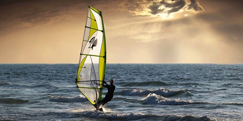 Getting back on the board! #TopTips for returners https://t.co/pVo202oRnG #RYALife #Windsurfing