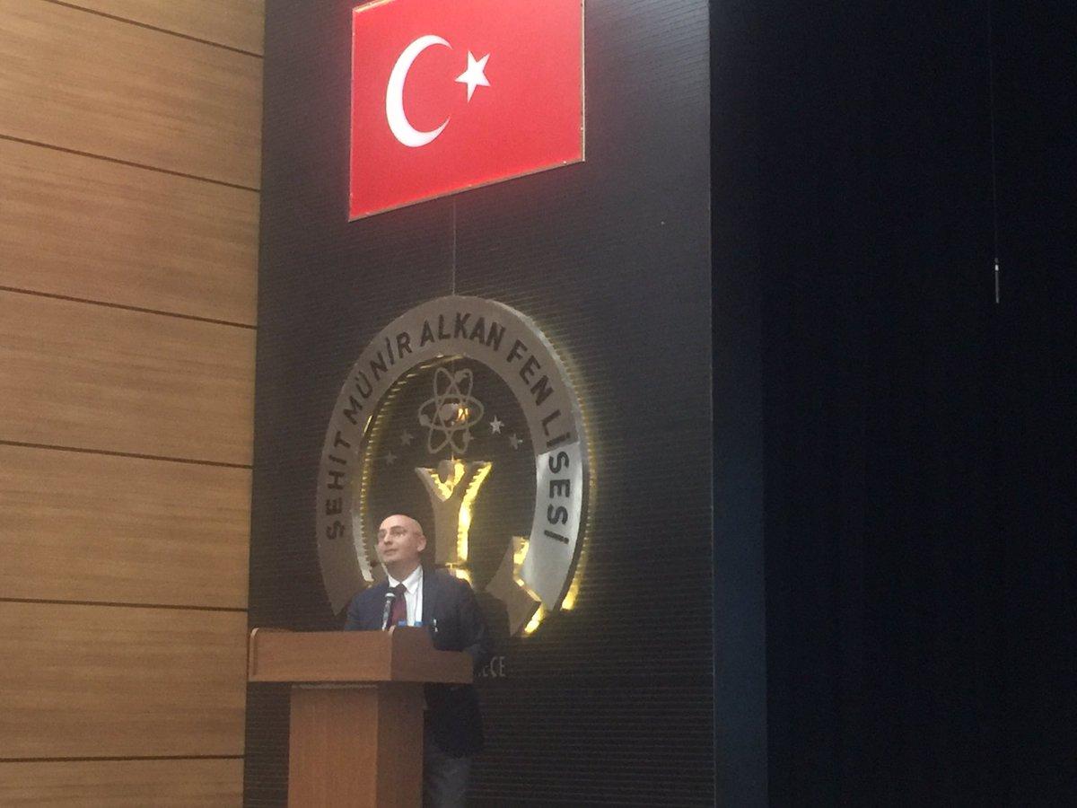 İstanbul Eğitim Liderleri Toplantısında Temel Eğitim Genel Müdürümüz Sayın Dr.Cem Gençoğlunu dinliyoruz.@ziyaselcuk @cemgencoglu @memleventyazici @mustafauslu64 @izekier53
