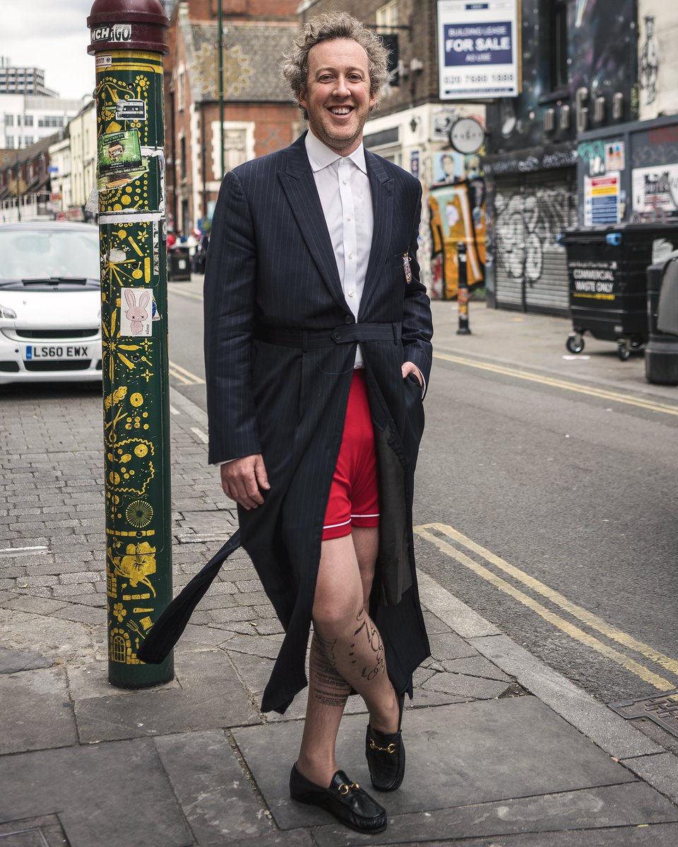 When a New York fashion professor visits London, Harry Potter's outfit gets a Greenwich Village twist, complete with Gucci shoes!  Professor #BrendanMcCarthy  #nycphotographer #Pride #LGBTQ https://t.co/sqWhqmLVOX