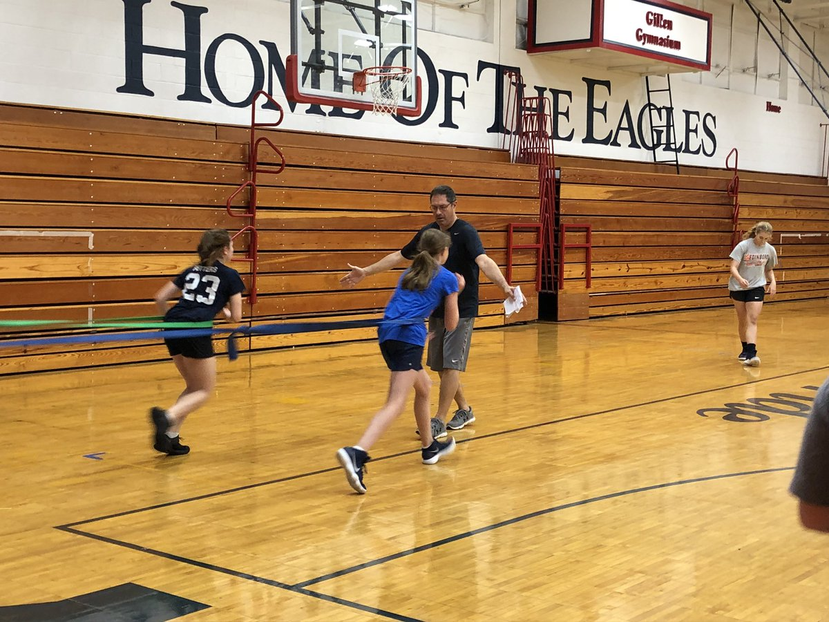 Junior and Senior High Eagles putting their time in the Gillen Gymnasium today.  #BluePride #BuildingIt<br>http://pic.twitter.com/T2JkQMgh1p