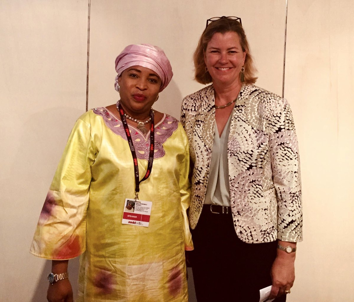 Inspiring meeting at #EDD19 with the formidable Saadatou Mallam Barmou, Office of the Prime Minister of #Niger, as always putting people at the heart of humanitarian and development work.  Niger is a key partner for #UNHCR. #GlobalGoals #ThinkTwice