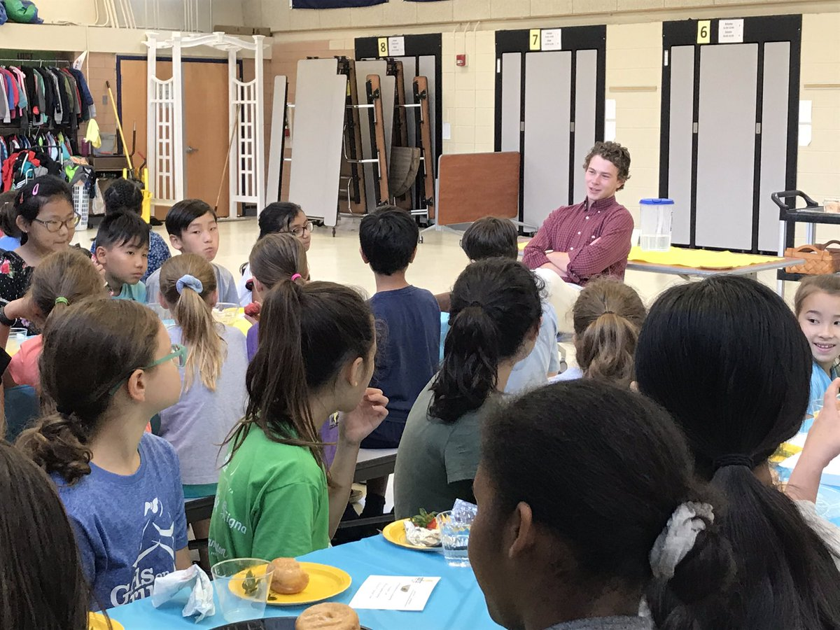 We love it when alumni come back to talk to our students about their future endeavors. Thank you Mr. Shores! All the best to you as you make your way to <a target='_blank' href='http://twitter.com/dartmouth'>@dartmouth</a> next year!  <a target='_blank' href='http://search.twitter.com/search?q=aspirehigher'><a target='_blank' href='https://twitter.com/hashtag/aspirehigher?src=hash'>#aspirehigher</a></a> <a target='_blank' href='https://t.co/N3lCbd3WDK'>https://t.co/N3lCbd3WDK</a>