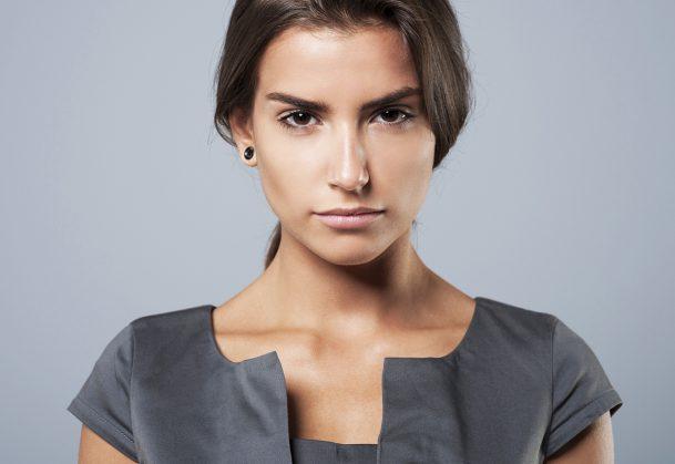 Downward Head Tilt Can Make People Seem More Dominant http://bit.ly/2WMLr9n @ZakWitkower @ProfJessTracy