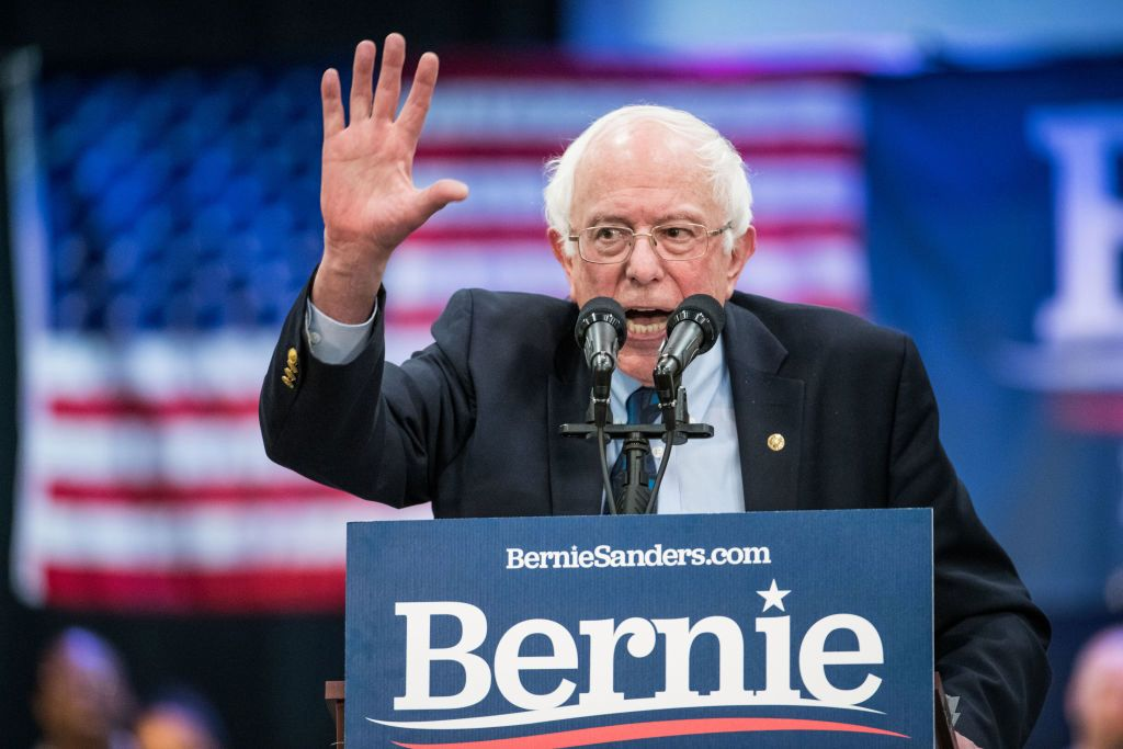 U.S. presidential candidate Bernie Sanders supports video game workers unions  http:// dlvr.it/R6qqsc     #security #business <br>http://pic.twitter.com/jgVzVwC2jp