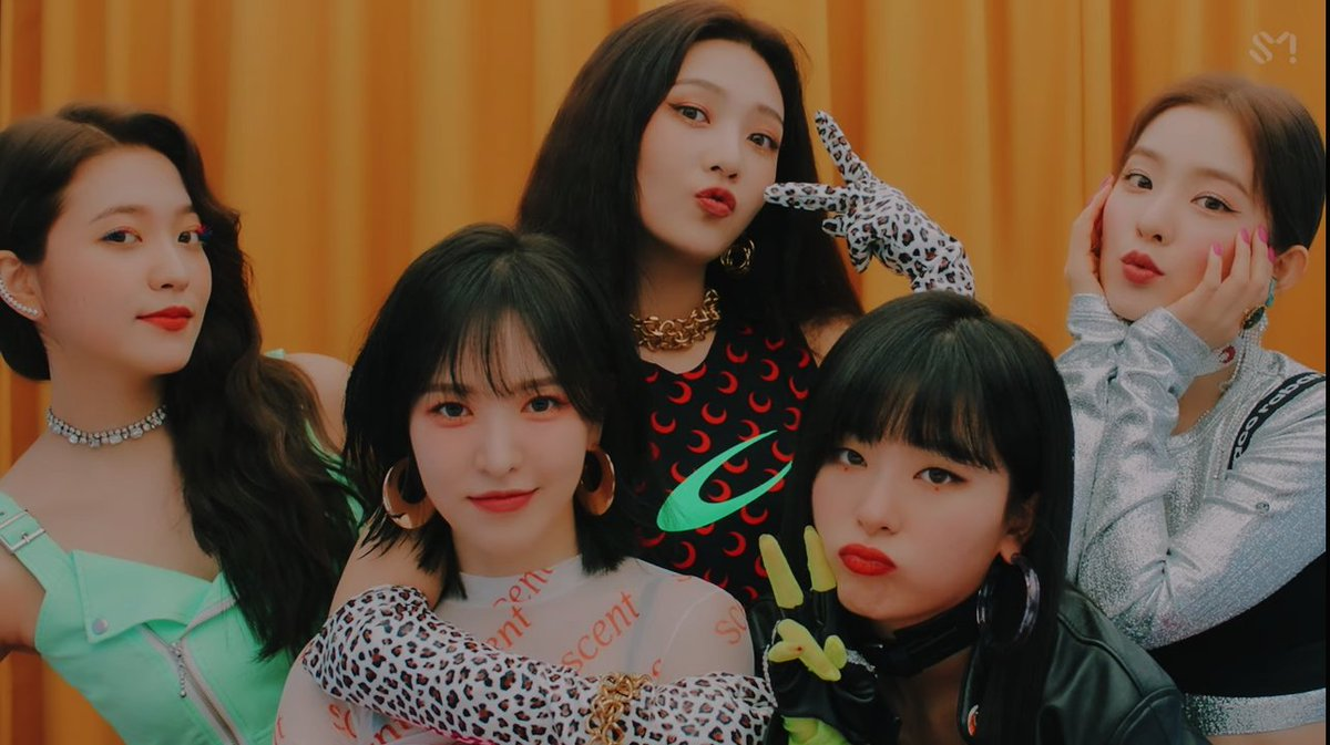 If you don't love Red Velvet then raise your standards, darling.   #RedVelvet_RVF_D_1 #시작된_레드벨벳매직_짐살라빔 #Zimzalabim #REDVELVET @RVsmtown <br>http://pic.twitter.com/5jufkaPWAU<br>http://pic.twitter.com/AP9jwckFvF