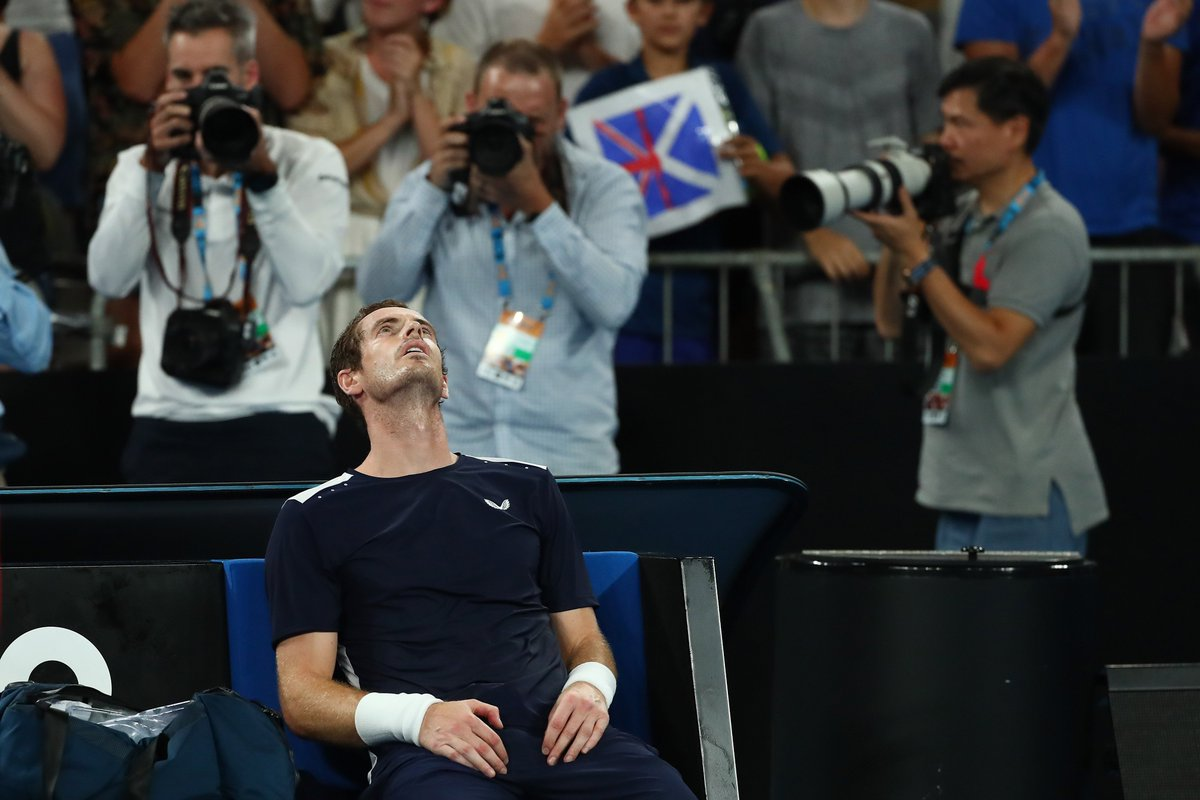 JAN 14: Agony as Andy Murray loses in the #AUSOpen first round, needing hip surgery to continue his career 😣  JUN 18: Andy Murray back in training and all smiles ahead of doubles bid at Queen's Club 😁  #QueensTennis