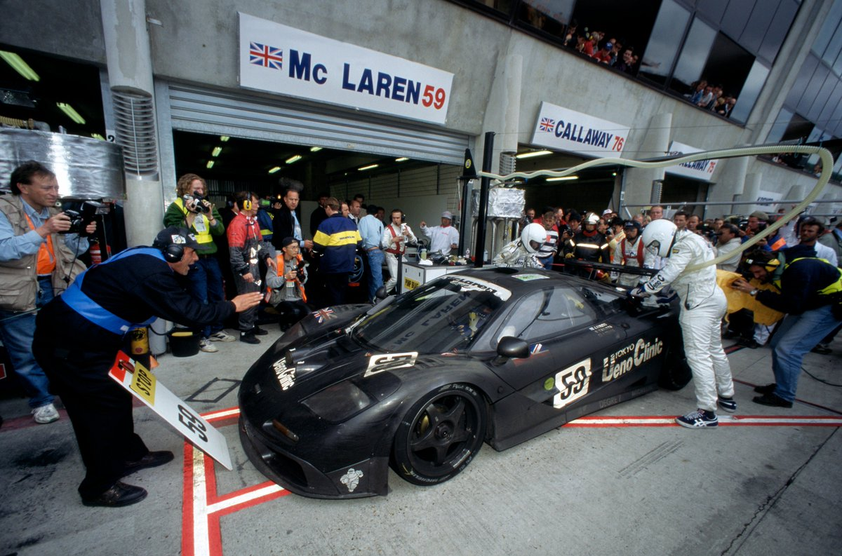 #OnThisDay in 1995, the McLaren F1 GTR dominated at Le Mans, finishing 1st, 3rd, 4th and 5th. Round of applause for that epic McLaren machine! 🏆🙌 #LeMans24