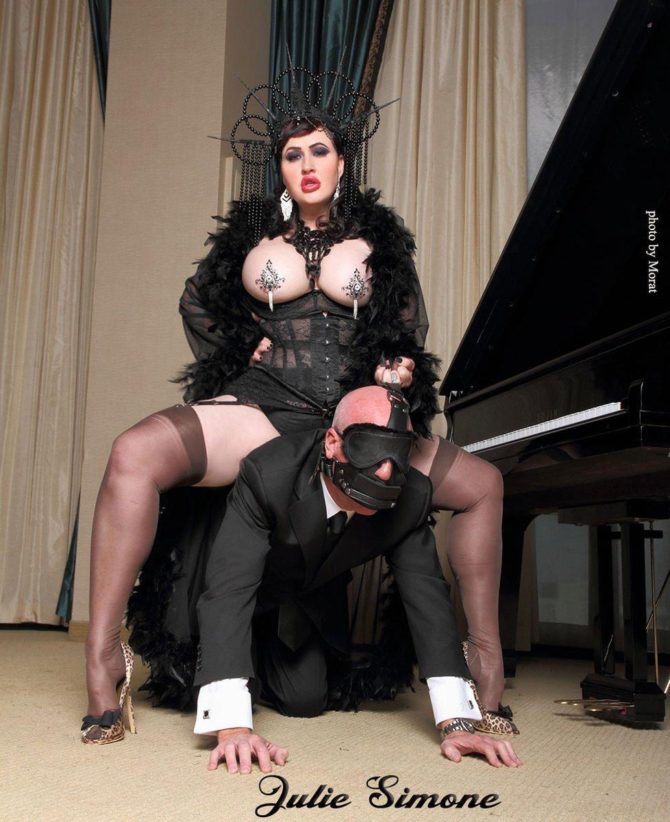 Mistress Juliya Gallery