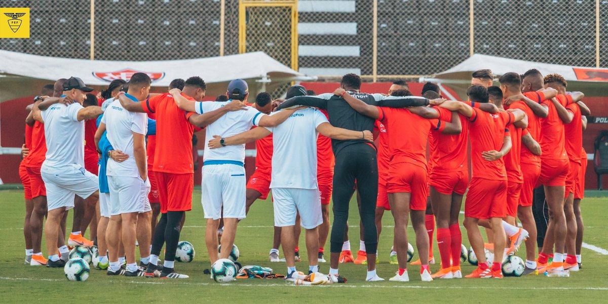 📸🇪🇨 Postales de nuestro segundo entrenamiento en Salvador de Bahía previo al partido ante @LaRoja.  #PorUnNuevoDesafío #CopaAmerica #VamosEcuador