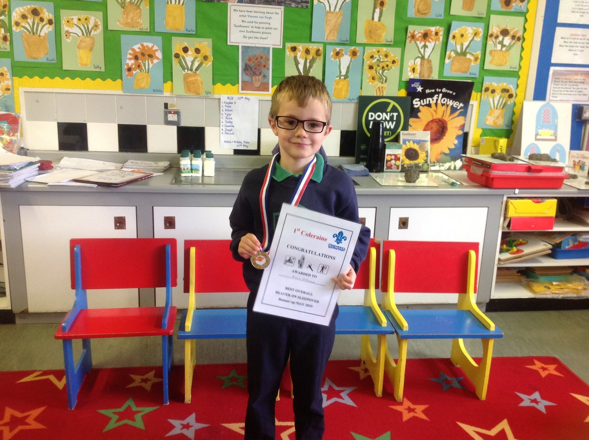 🌟🌟Well done to this Primary 2 superstar who won a special award from 1st Coleraine Beavers. Thank you for bringing it in today and sharing it with our class.😊🌟🌟#beavers #bestbeaver #medal
