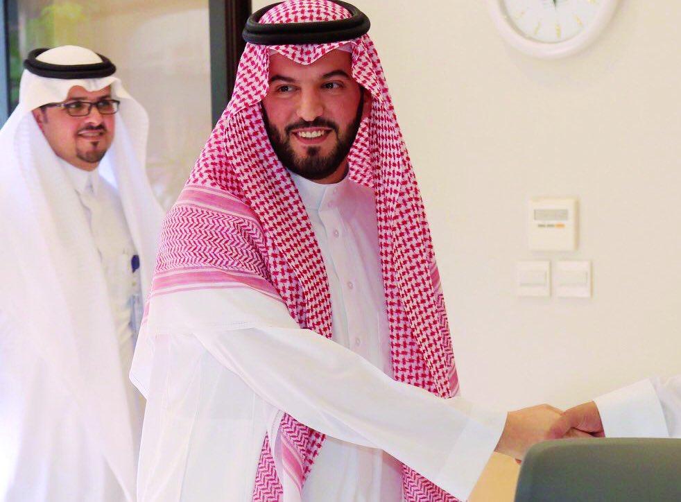 RT @HashKSA: رسمياً.. فهد بن نافل رئيساً لنادي #الهلال لمدة 4 سنوات بعد فوزه في انتخابات الجمعية العمومية. https://t.co/uUQ3arwQA4