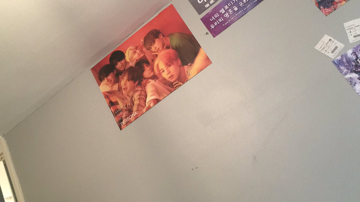 First poster is upthank you @sokollab_uk  like this is the best shop to go to for albums. It's so welcomingI hope you guys continue and expand your store because we need more shops like these in the UK to experience thisplease rt if you want them to expand and agree<br>http://pic.twitter.com/fOO7vrK8yH