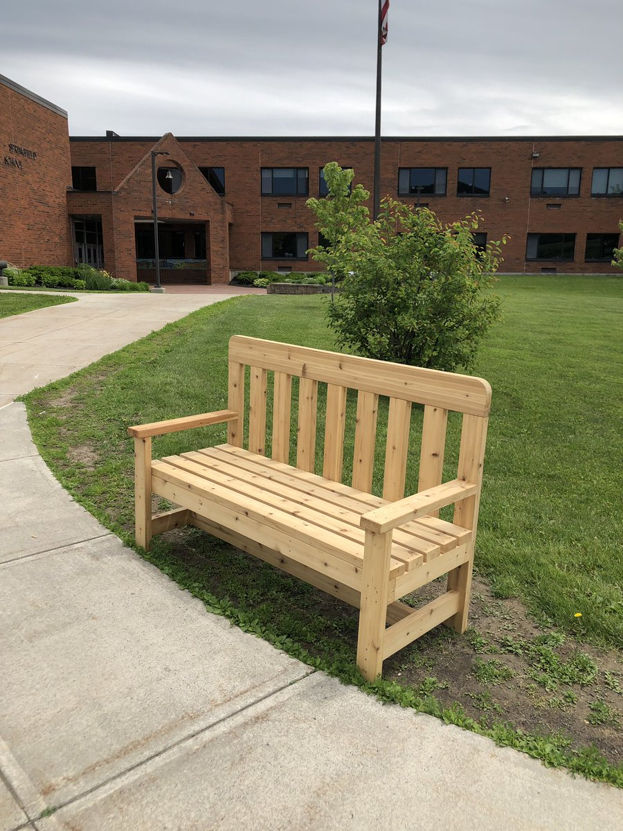 Thank you to the Girl Scouts for our new benches! #cvspatriots<br>http://pic.twitter.com/WqJJfjbHdz