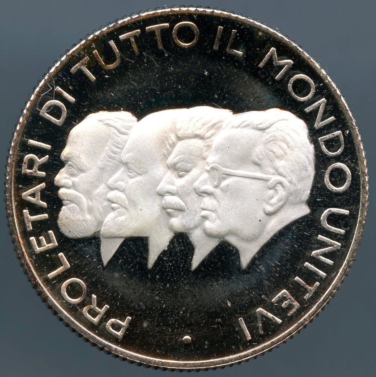 Excited to share the latest addition to my #etsy shop: Communist leaders Medal, Proletari di Tutto il Mondo Unitevi https://etsy.me/2InLCPu #vintage #collectibles #silver #communistleaders #medal #proletari #di #tuttoil #mondounitevi
