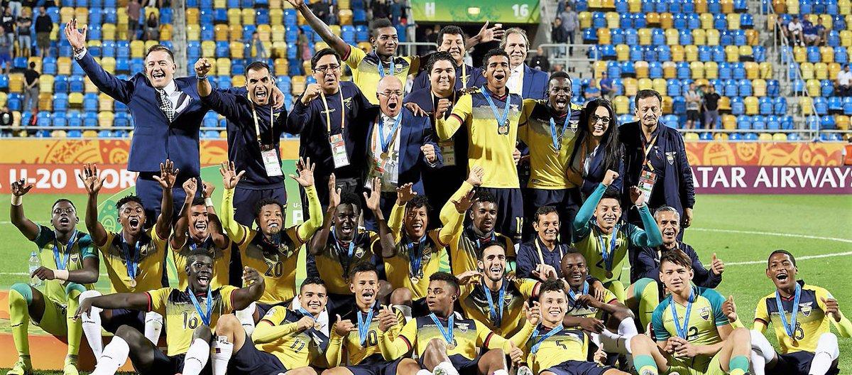 ¡Un gol tricolor nominado al mejor del Mundial de Polonia! ¡Vota por el golazo de José Cifuentes, hoy mismo! 👉🏼 http://bit.ly/2N5Pbyq