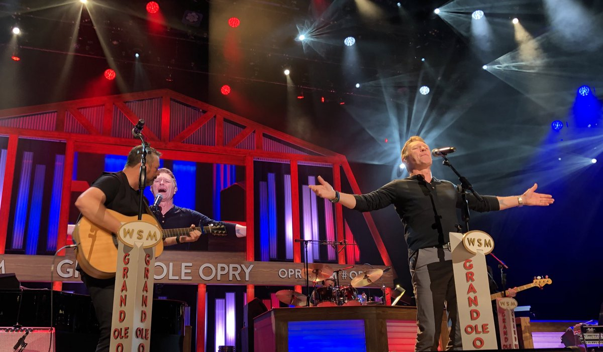 Another powerful performance from #OpryMember @cmorganmusic in the books! <br>http://pic.twitter.com/TiJ673cL0a – à Grand Ole Opry House