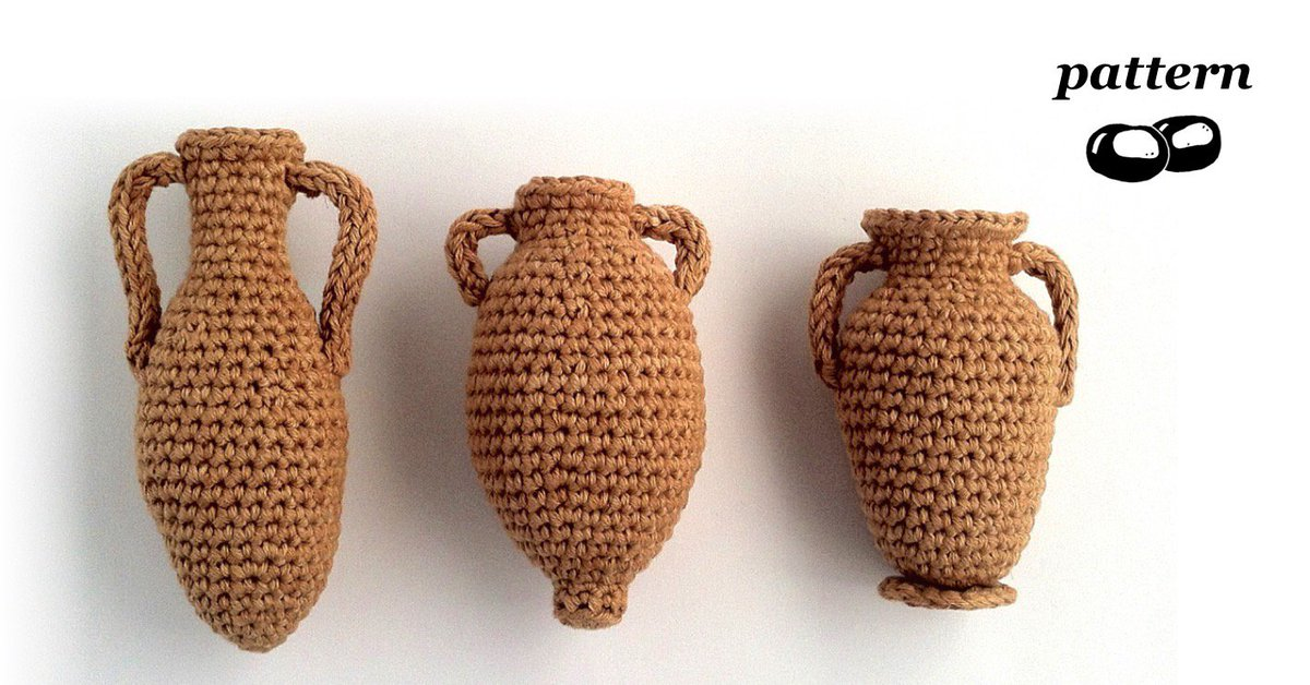 Unique #crochet pattern for three amphorae - available to download on http://LoveCrochet.com   http://bit.ly/2i5XJAs