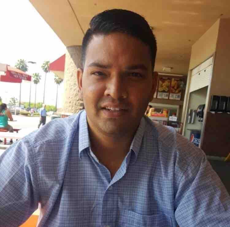 Attorney: Man Fatally Shot by Off-Duty LAPD Officer at Corona Costco Was Mentally Ill, Off HisMedication  https:// buzzbry.com/attorney-man-f atally-shot-by-off-duty-lapd-officer-at-corona-costco-was-mentally-ill-off-his-medication/  … <br>http://pic.twitter.com/Ox9Fwrmp29