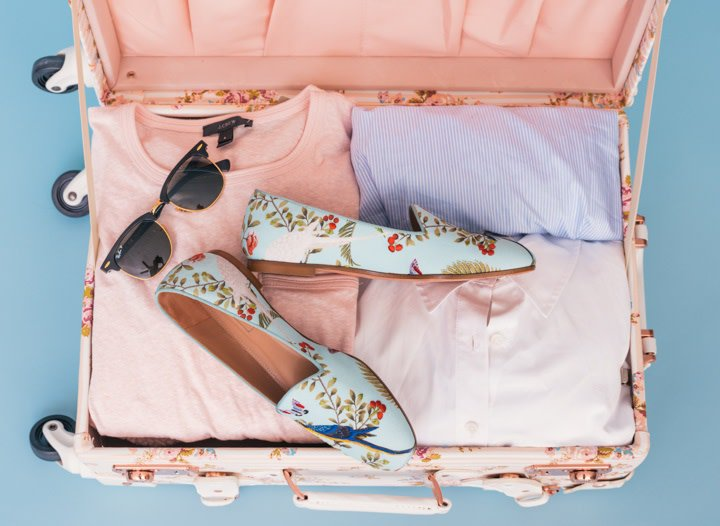 theblondeabroad:  How does one pack the best carry-on? Find out! #packingguide #carryon #traveltips https://theblondeabroad.com/ultimate-carry-on-packing-guide/ …   — The Blonde Abroad (theblondeabroad) June 18, 2019