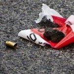 Image for the Tweet beginning: Omicidio per un debito nel
