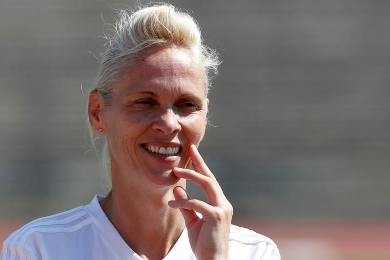 Coach Kerr backs Scots to bring 'A-game' against Argentina https://reut.rs/2MSsbTc
