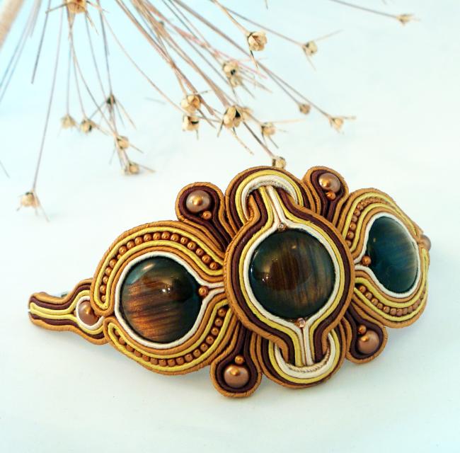 Golden brown statement cuff. Handmade jewellery  https://www. etsy.com/uk/listing/480 644149/statement-soutache-cuff-golden-brown?ref=shop_home_active_117  …  #handmadejewellery #wow #uniquejewellery #rtmebb #ukcraft #firsttmaster #QueenOf #SBS #earlybiz <br>http://pic.twitter.com/7zSd7uuheC