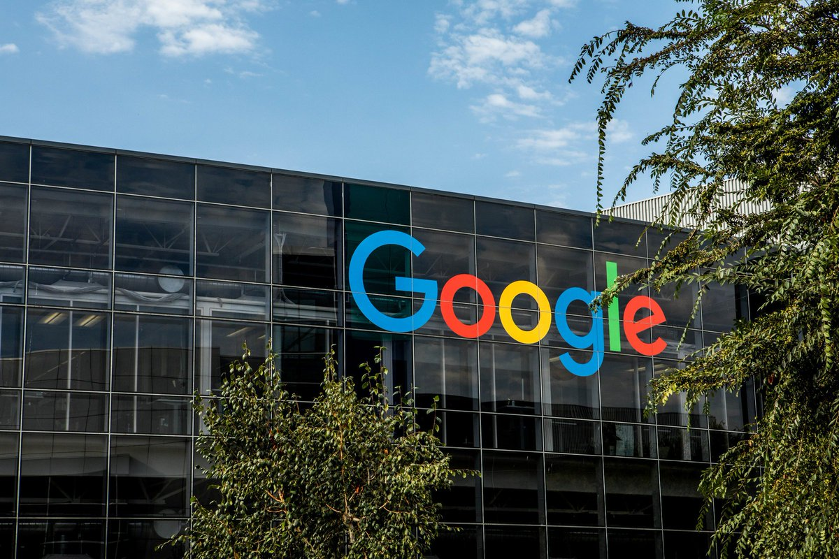 Estimating the building of at least 20,000 homes in the Bay Area, Google's chief executive said the company planned to repurpose at least $750 million worth of land it owns for housing over the next 10 years. https://nyti.ms/2XmRBfJ