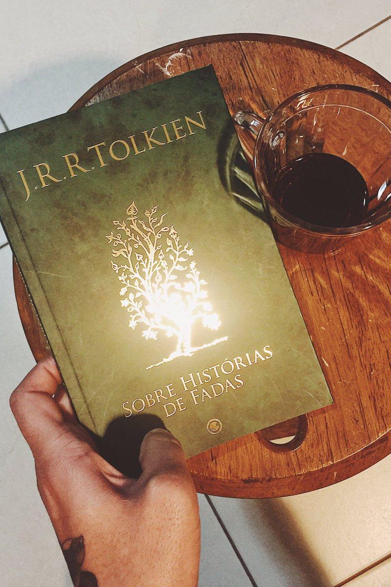 Esse é o mês do Tolkien aqui em casa.
