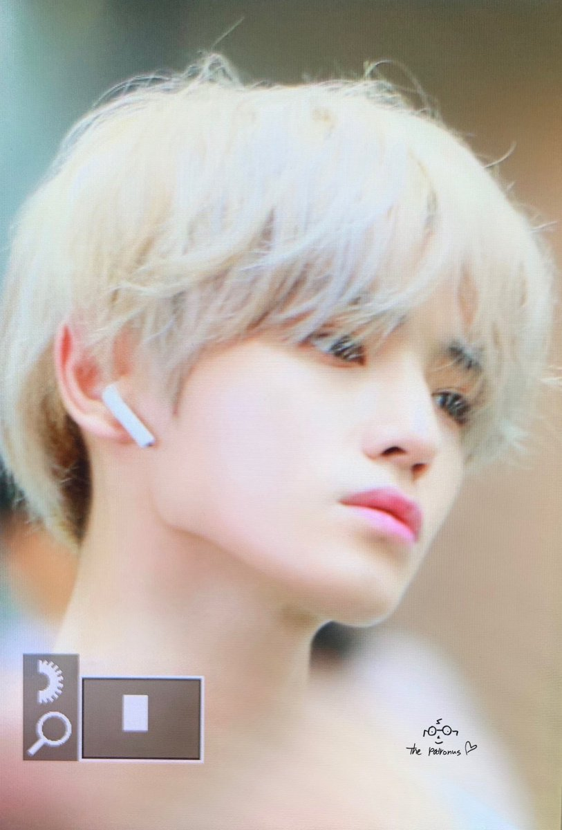 this is so corny to say but it really looks like he came right out of a manga he's so unreal... <br>http://pic.twitter.com/oLG0qPAtVM