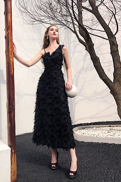 57c83fc5a5c4 black dress with feather: https://www.edressit.com/edressit