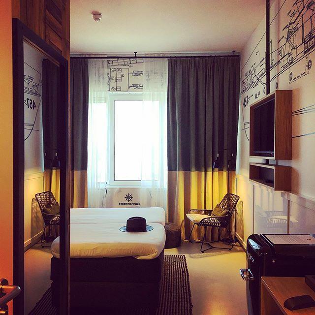 test Twitter Media - #whereilaymyhat... #myview #hotel #ApolloHotel #hotelvinkeveen #Vinkeveen . . . #hotelkamer #hotelkameruitzicht #hotels #hotelroom #hotelview #hotelviews #hotelstyle #hoteldesign #hotelinterior #hotellife #hat #blackhat https://t.co/1WPXMbnH96 https://t.co/LOX7eMwSOE