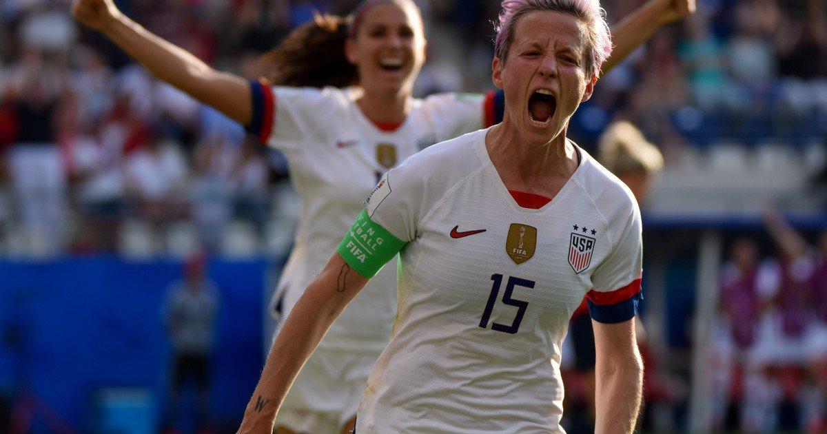 Megan Rapinoe celebra un gol con Estados Unidos.