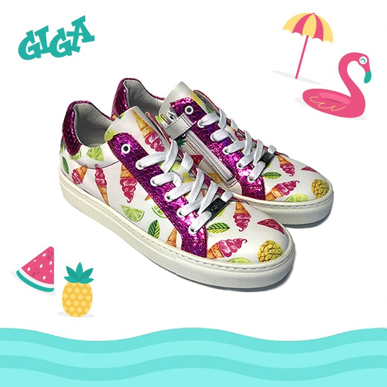 0bb6b423968504 #sneakers #kinderschoenen #shoes #schoenen #fashion #sale #uitverkoop  #icecreampic.twitter.com/qG2RLX67xl