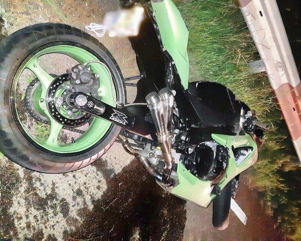 Motorrijder zwaar gewond na ongeluk Landtong https://t.co/ffBjRFVXe9 https://t.co/UQ9De9SDcA