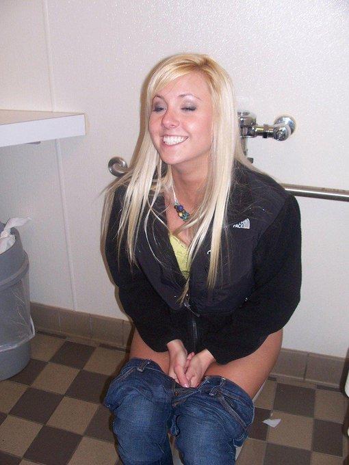 Joe Mackp on Twitter: Girl desperate to pee discovers the