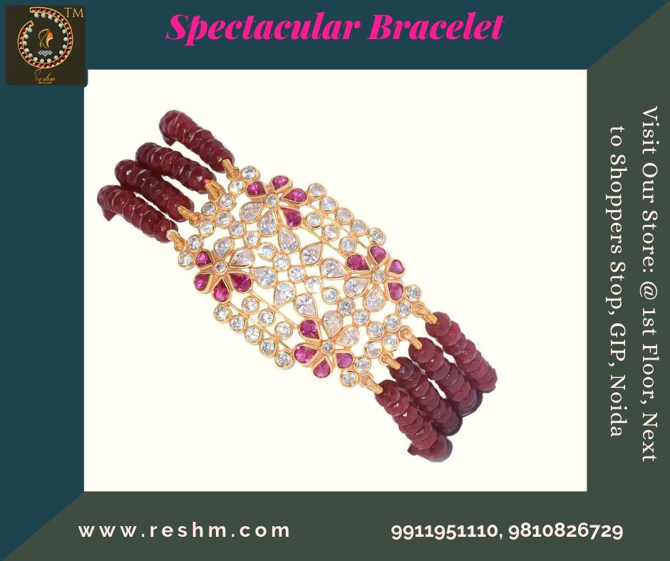Spectacular For Her Bracelet from Reshamm Shop now :  or Visit our store @ 1st Floor Next to Shoppers Stop GIP Noida #reshamm #Lightweightgoldjewellery #jewelleryinnoida #jewelleryindelhi #jewelleryinncr #goldlovers #jewelleryfans #fashion #designer