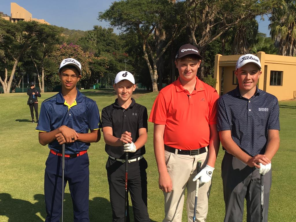 #Junior ALERT Filip Sakota from Ekurhuleni, Gauteng North's Michael Ferreira & Jordan Wessels from North West will lead the field into battle in the final round of the Sun City U-15 Challenge. Click ⏬ to follow the action from the Gary Player Country Club https://tournament.handicaps.co.za/albport/golfclubtv.jsp?pg=286652667&ps=286617454&static=1…