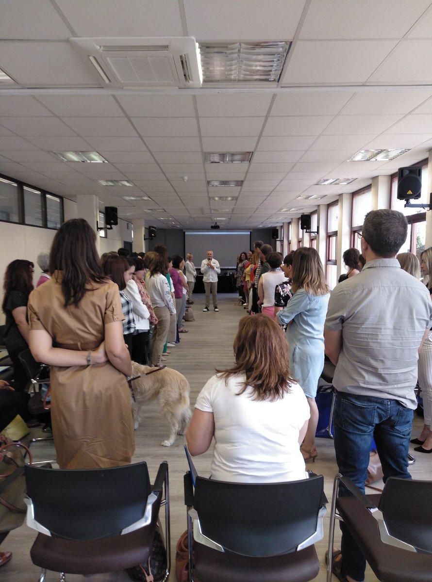 """test Twitter Media - """"Trabajando las emociones"""" en el taller de Coaching y Trabajo Social que está celebrando @GrupoBallesol @AESTE_oficial  con Jorge Salinas https://t.co/RvyBqucCRS"""