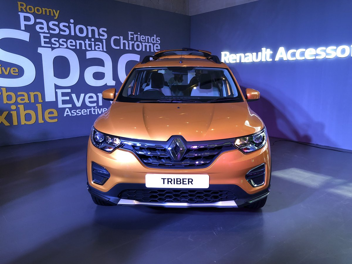 #RenaultTriber comes with 625L boot space in 5-seat configuration. #BeTheTribe #Renault