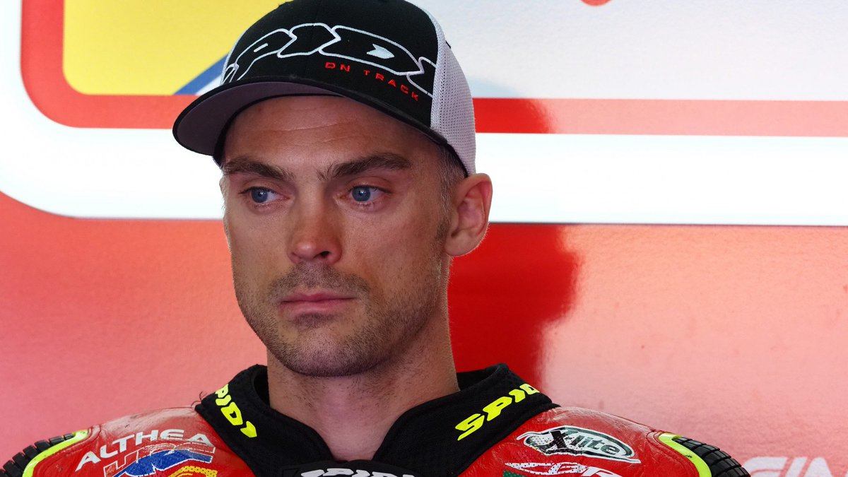 """@leoncamier Update: """"Good progress"""" made as Brit continues recovery!  Leon Camier's injury-hit season has hindered his progress and development with the Honda CBR1000RR, but he is making great strides in his recovery!  #RiminiWorldSBK  