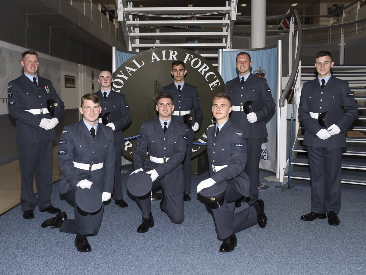 Congratulations to the latest course of ICT Technicians to graduate from @No1RadioSchool @RAF_Cosford. We wish them every success in their @RoyalAirForce careers.