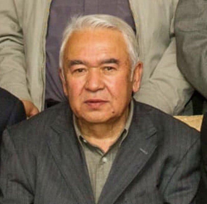 Bir şehid daha.📌  Zalim Çin'in toplama kampında vefat eden Doğu Türkistanlı yazar Nurmuhammed Tohti'ye Allah'dan rahmet diliyorum.  Allahın Laneti zalimlerin üzerine olsun.
