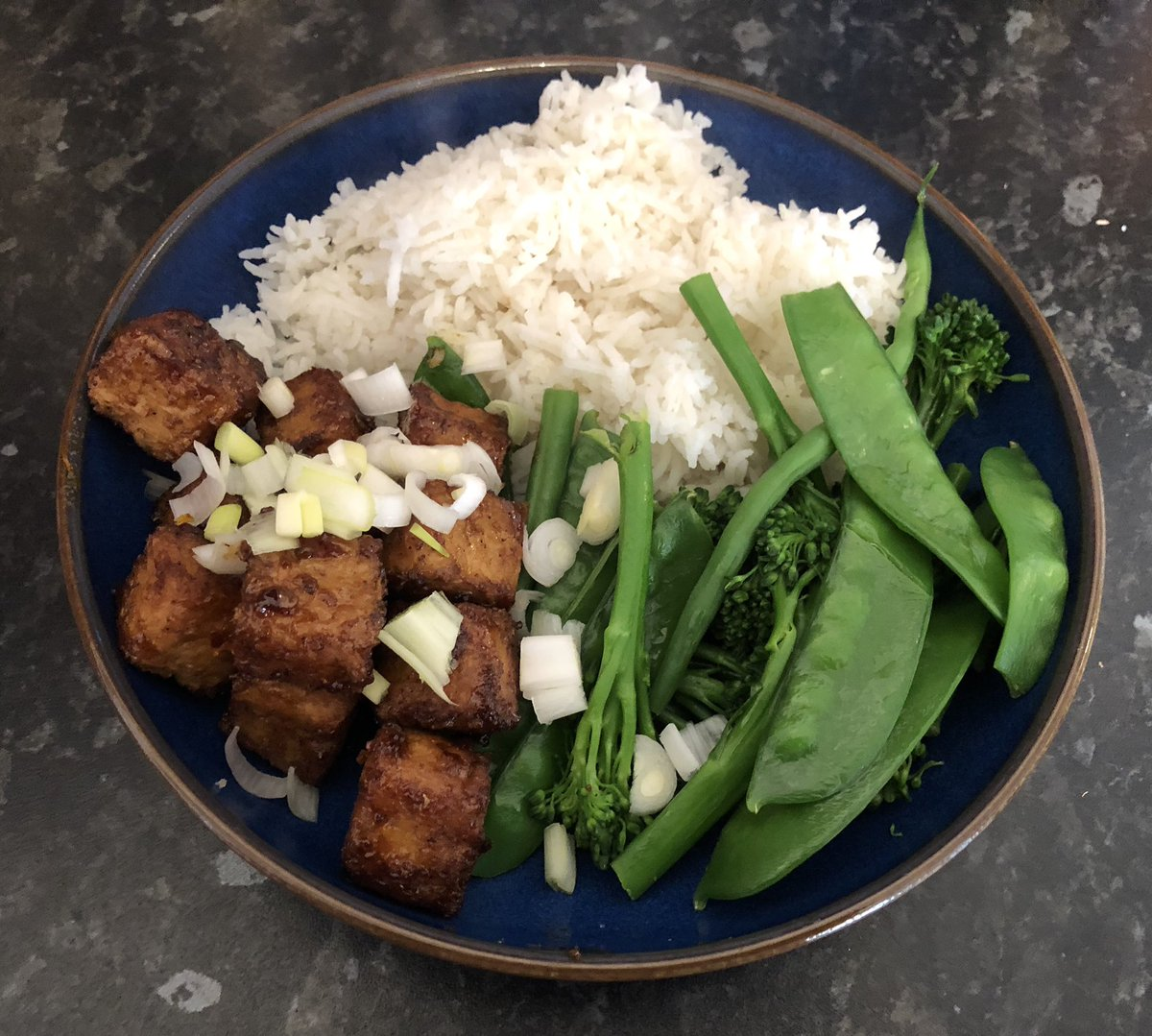 Some photos of week one! #vegan #veganuary <br>http://pic.twitter.com/2d3XIoDMrH